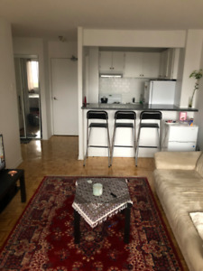 3 1/2 apartment for rent in the Golden Square Mile for $1100