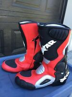 Men's motorcycle boots / bottes de moto
