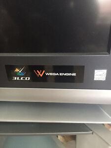 """Sony Grand Wega 50 """" LCD Projection TV London Ontario image 2"""
