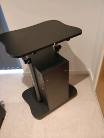 Movable laptop desk with storage and adjustable height