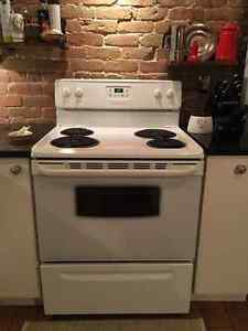 3 appliances: GE Dishwasher/stove/Fridge - excellent condition