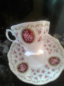 Tea cup and saucer Perfect for Mothers day! Royal Albert
