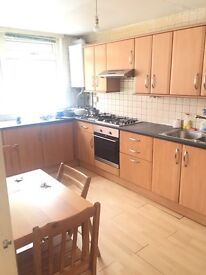 Great twin room available in archway just 180 pw no fees 2 weeks deposit