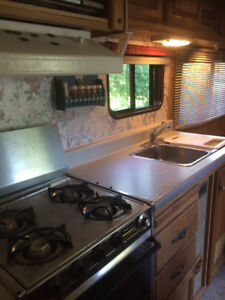 Ford Econoline Camper Motor Home: Starts,Runs, Moves