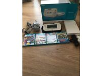 Wii U Console & Pad 8gb, complete with games and controllers