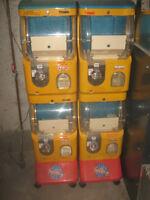 Vending Machine:    Gacha Machine Coin-operated