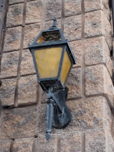 Cast Iron Colonial Lamps for outdoor use