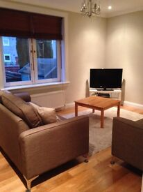 Modernised lower villa in Colinton Mains