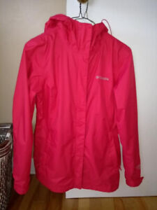 Columbia waterproof, windproof, breathable Omni-Tech rain jacket