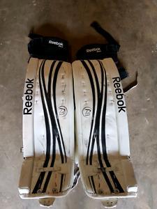 Almost new: Reebok 18k 34+1 goalie pads