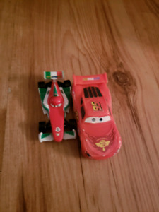 2 small toy cars