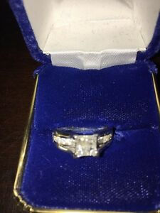Diamond Engagement Ring For Sale 1000$ o.b.o