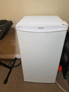 Mini Fridge Perfect Condition - need to get rid of it ASAP!