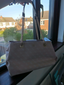 Guess handbag - BRAND NEW with tags