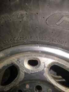 4 Chevrolet rims and tires off of 06 chev duramax  Regina Regina Area image 3
