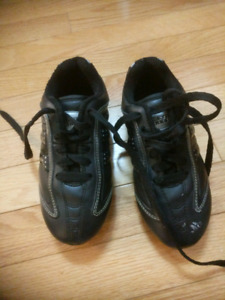 Soccer cleats - youth size 12