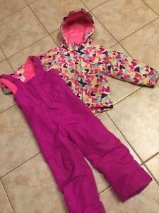 Girls 5T jacket and snow pants