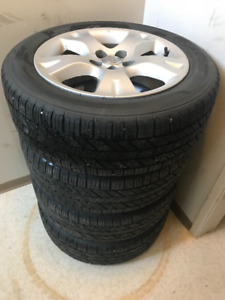 4-TOYOTA MATRIX P205/55R16 HANKOOK M+S On Factory Alloy Rims