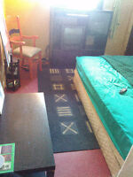 ROOMS FOR RENT in HOUSE(226)663-9378