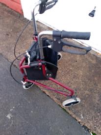 3 wheel walking aid