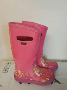 Bogs Girls Rain boots (size 13 kids)