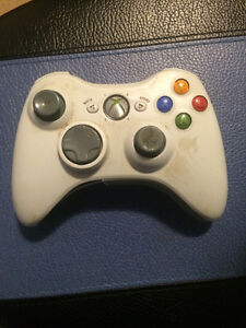 XBOX 360 CONTROLLERS - READ AD