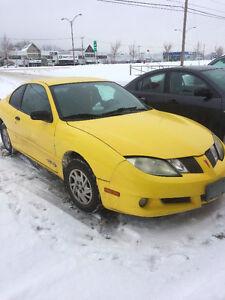 2004 Pontiac Sunfire Coupé (2 portes)