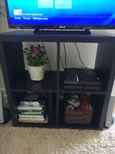 Ikea KALLAX shelf unit/TV stand