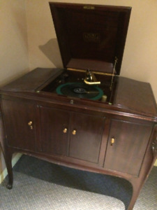 Victrola gramophone Victor talking machine
