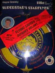 Wayne Gretzky Flying Saucer