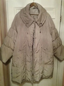 3 WOMEN'S QUILTED WINTER COATS