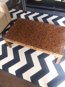 Coffee Table wood laminate with pattern