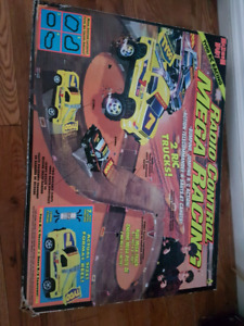 Vintage 1980's rc truck race set! Track is 6 feet ling!