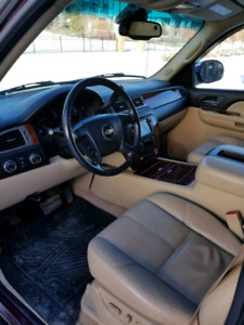 2008 Chevrolet Avalanche LTZ 4x4 Fully loaded