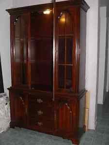China Cabinet/ VAISSELIER West Island Greater Montréal image 5