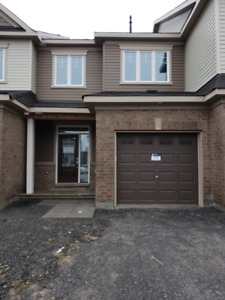 3 Bedrooms Brand New Townhouse in Barrhaven for Rent