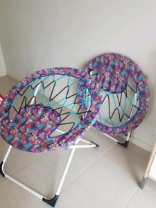 Mambo chairs