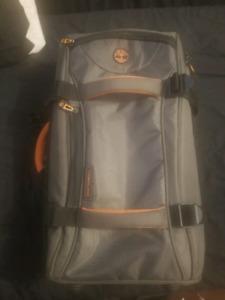 Medium Timberland rolling travel bag