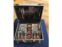 Lovely unused makeup set in carry case