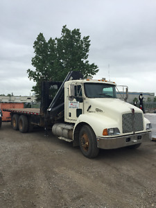 Kenworth T370 and HIAB 122BCLX-3 with wireless remote