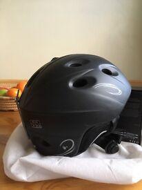 Safety helmet for Skateboard / Rollerblade/ Ice Skater or Bike rider Size M black