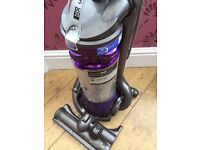 Excellent Dyson dc25 animal ball free delivery all attachments