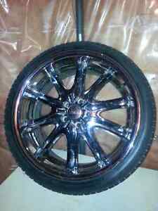 """20"""" Chrome wheels for that VIP look"""