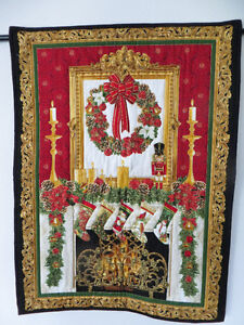 CHRISTMAS QUILTED WALL HANGING (NEW)