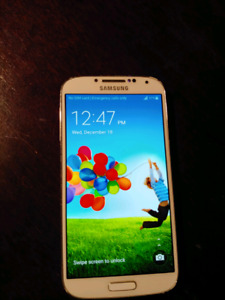 Like New In Box unlocked Galaxy S4 with 3 cases