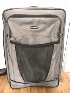 "Briggs and Riley Silver / Gray 2-Wheel 29"" Expanding Suitcase"