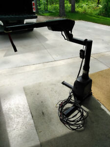 $300.00 o.b.o.  Wheelchair Lift