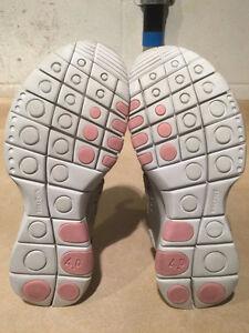 Women's Nike Free 4.0 Running Shoes Size 10 London Ontario image 2