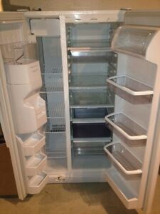 3 year old kenmore fridge side by side Stratford Kitchener Area image 3
