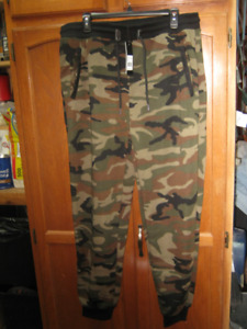 galaxy men's slim fit fleece jogger camo pants. w/camo BB cap.